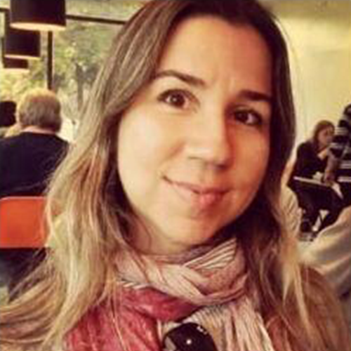 Thayse Neves